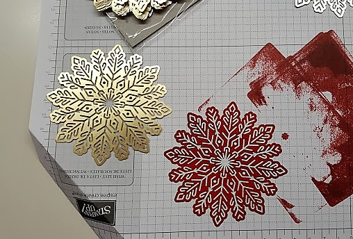 foil snowflakes 3 red