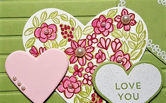 heart happiness sample green close up