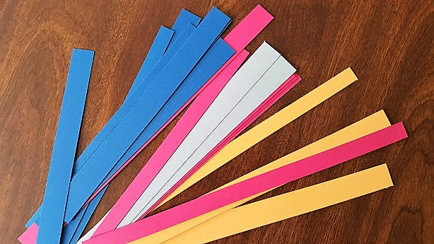 gift bow toppers - strips of cardstock