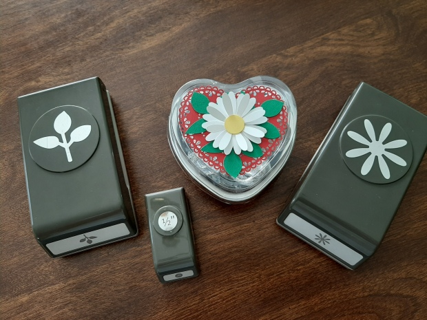 heart foil tins with punches